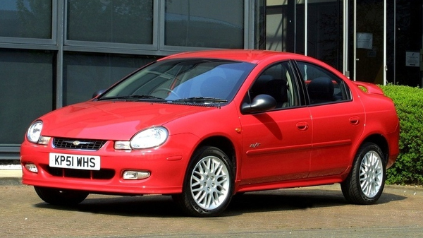 Chrysler Neon 2 (2002-2006)