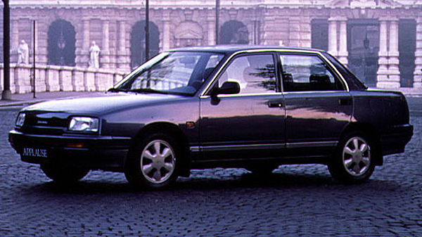 Daihatsu Applause (1990-1996)